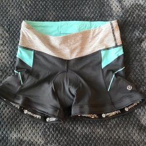 Lululemon Women's Spandex Athletic Shorts Size 4